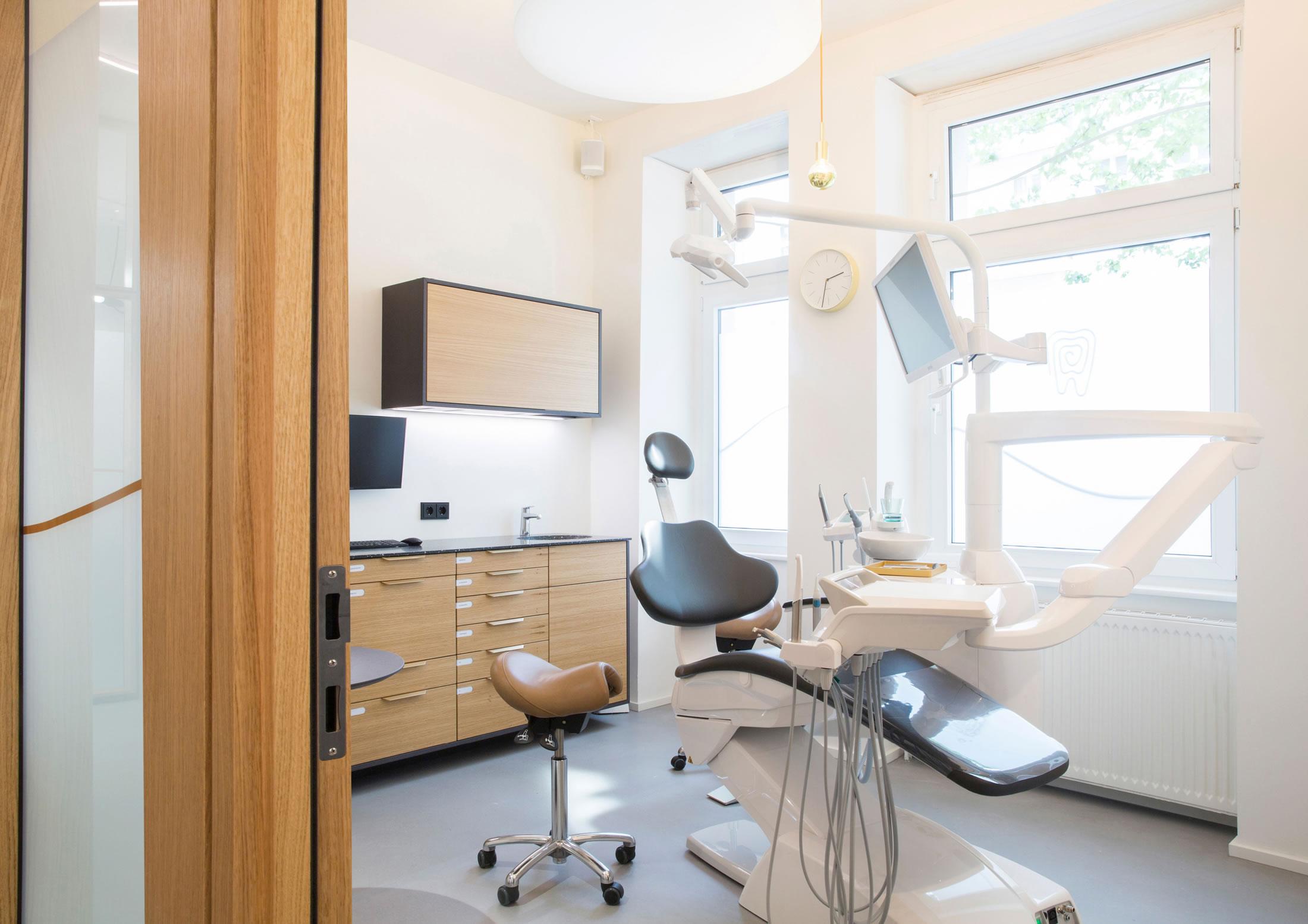Zahnarztpraxis Mundpropaganda – mitten im Winsviertel.