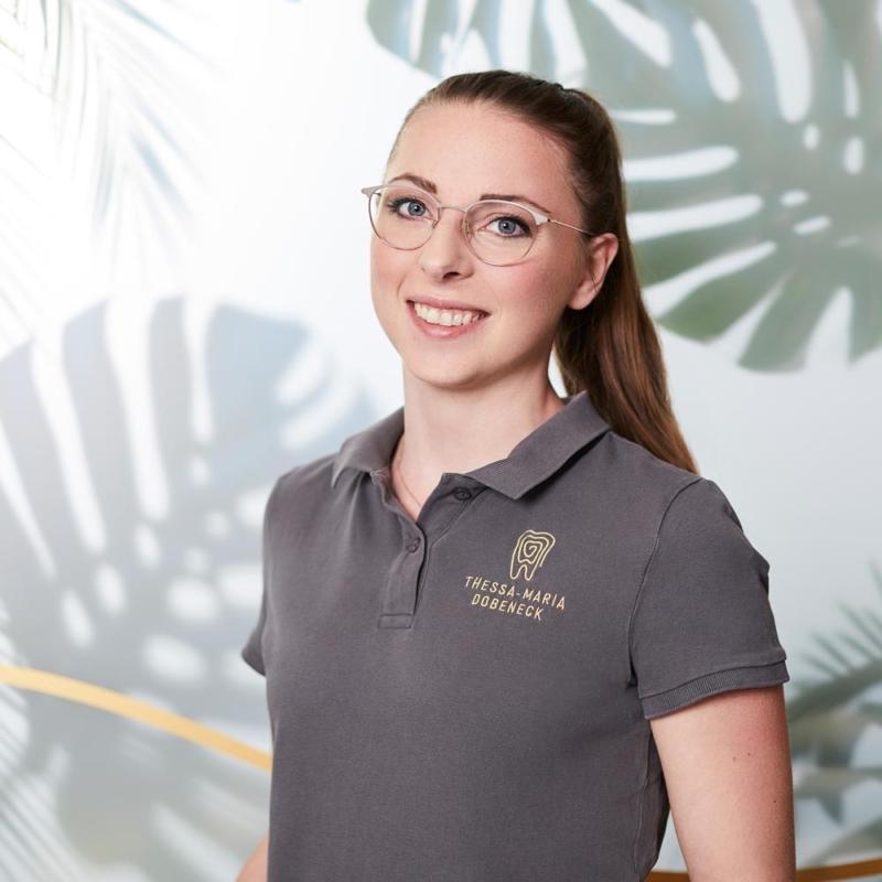 Thessa Maria Dobeneck Zahnmedizinische Fachangestellte